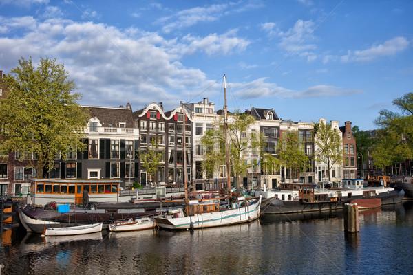 Nehir görmek Amsterdam evler tekneler Hollanda Stok fotoğraf © rognar