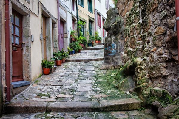 Középkori keskeny sikátor óváros Portugália hagyományos Stock fotó © rognar