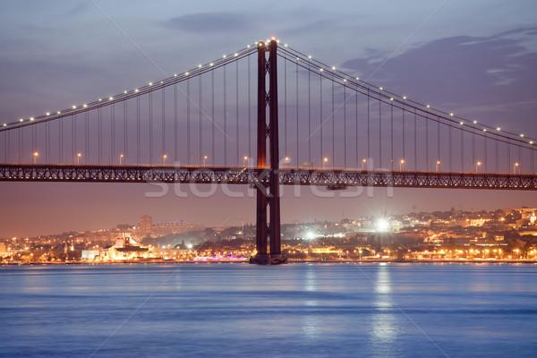25 puente Lisboa noche río ciudad Foto stock © rognar