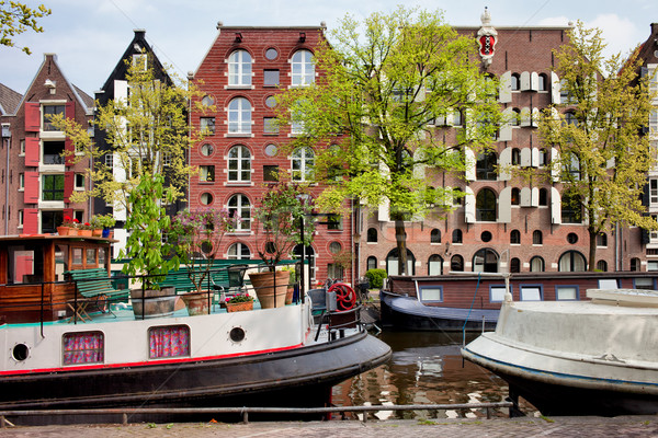 Houseboats and Houses on Brouwersgracht Canal in Amsterdam Stock photo © rognar