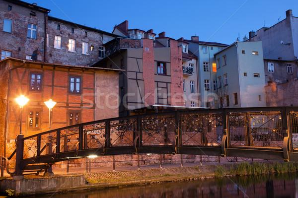 Cidade noite Polônia velho casas passarela Foto stock © rognar