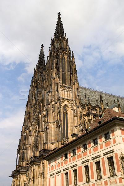 Gótikus katedrális tornyok Prága kastély összetett Stock fotó © rognar