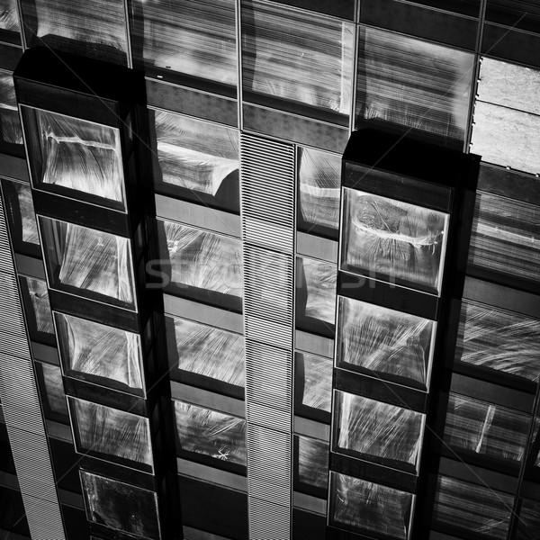 Nowoczesne fasada budowy światło słoneczne plastikowe Zdjęcia stock © rognar