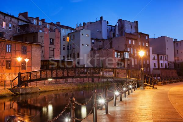 ストックフォト: 旧市街 · 1泊 · ポーランド · 市 · 住宅 · 歩道橋