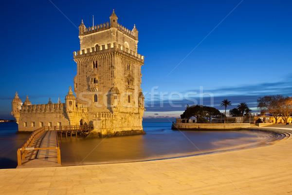 Torre noche Lisboa Portugal edificio río Foto stock © rognar