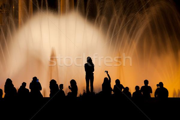 Barcelona noite pessoas silhueta magia fonte Foto stock © rognar