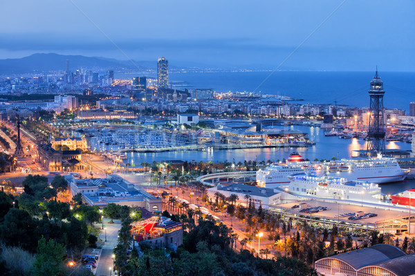 Barcelona paisaje urbano noche ciudad mar edificios Foto stock © rognar