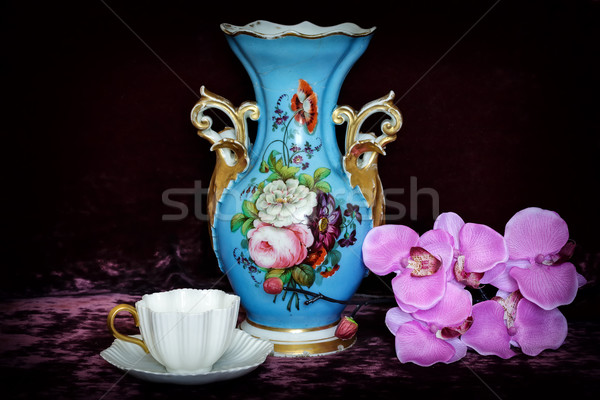 静物 花 アンティーク カップ 花 壁 ストックフォト © Roka