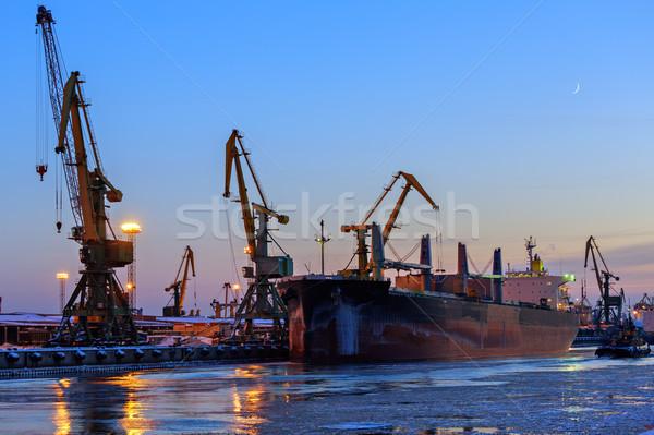 Kikötő hajó iroda naplemente ipar dolgozik Stock fotó © Roka