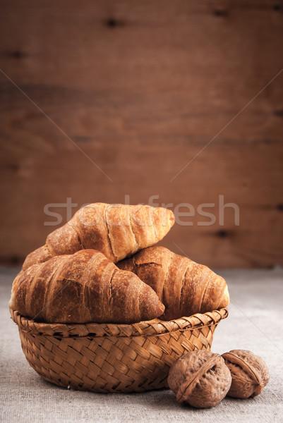Croissantok kosár fa asztal fedett durva szövet Stock fotó © Romas_ph