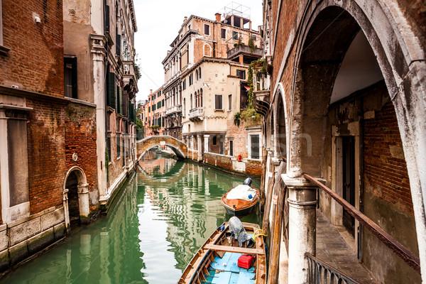 Kanał ulicy Wenecja typowy Włochy podróży Zdjęcia stock © romitasromala