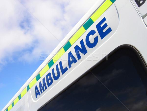 Ambulans imzalamak mavi bulutlu Stok fotoğraf © ronfromyork