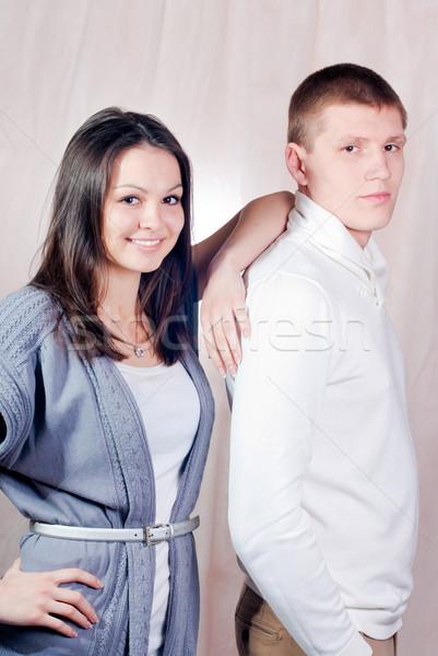 Boldog fiatal pér nő férfi pózol együtt Stock fotó © rosipro