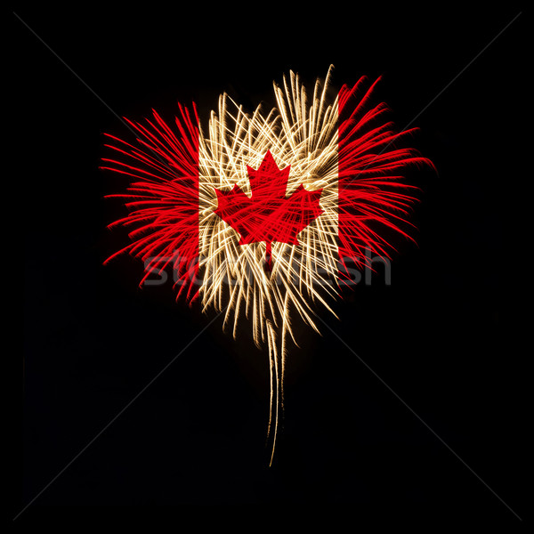 Canada jour Bienvenue feux d'artifice forme de coeur pavillon Photo stock © rozbyshaka