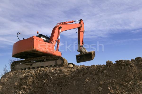 Stock fotó: égbolt · ásatás · Föld · kék · ég · építkezés · narancs