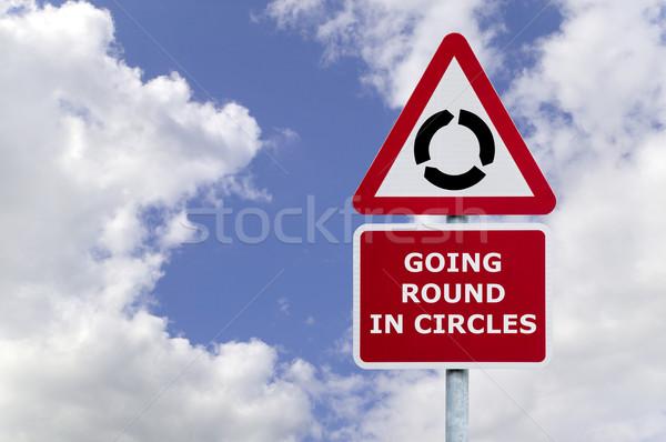 Cerc indicator imagine albastru noros Imagine de stoc © RTimages