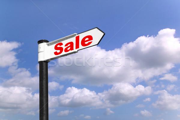 Stock fotó: Vásár · útjelző · tábla · feketefehér · szó · kék · felhős