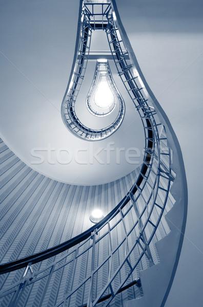 Csigalépcső absztrakt kép lépcsősor forma villanykörte Stock fotó © rudi1976