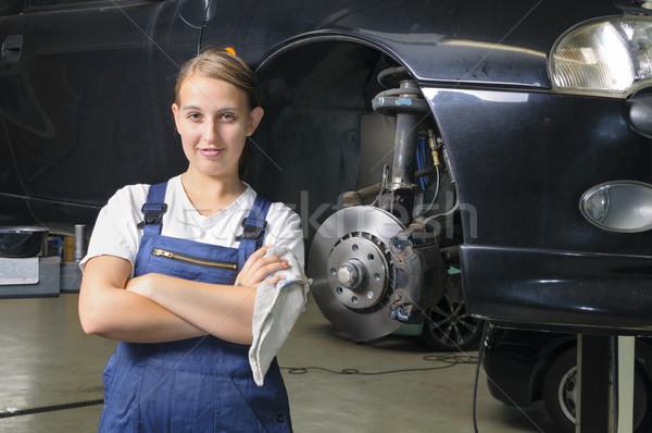 女性 車 メカニック 見える 誇りに思う 青 ストックフォト © runzelkorn