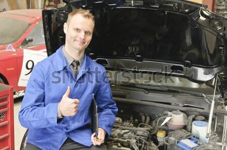 Garaj egzoz kontrol araba genç Stok fotoğraf © runzelkorn