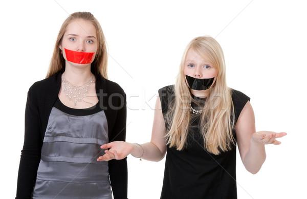Связанная с заклеенным ртом фото