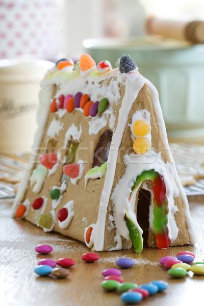 Pain d'épice maison décoré coloré bonbons alimentaire Photo stock © RuthBlack