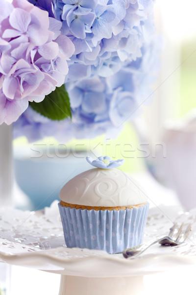 Podwieczorek serwowane kwiaty ciasto Zdjęcia stock © RuthBlack