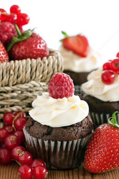 Photo stock: Rouge · Berry · chocolat · décoré · fraîches