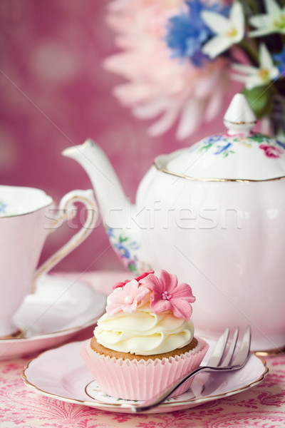Stockfoto: Afternoon · tea · geserveerd · bloem · cake · plaat