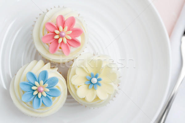 Flower cupcakes Stock photo © RuthBlack