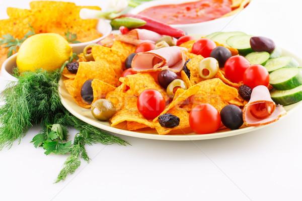 Nachos azeitonas carne de porco legumes imagem Foto stock © ruzanna