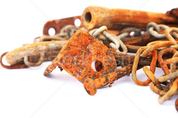 Сток-фото: ржавые · ногти · орехи · цепь · изолированный · белый