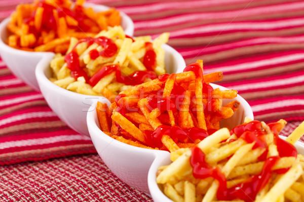 Chips ketchup geïsoleerd kleurrijk tafelkleed achtergrond Stockfoto © ruzanna