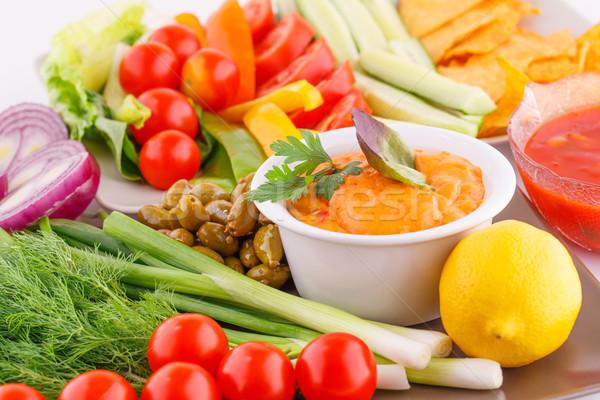 Zöldségek olajbogyók nachos piros sajt háttér Stock fotó © ruzanna