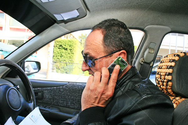Сток-фото: человека · автомобилей · телефон · бизнеса · документы