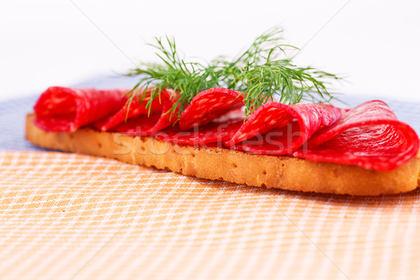 Sanduíche salame isolado cozinha toalhas comida Foto stock © ruzanna