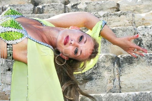 腹 ダンサー 美しい 緑 古代 階段 ストックフォト © ruzanna