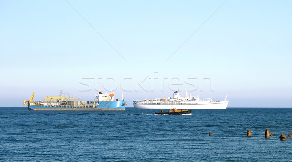 Schip pier drie verschillend oude gebroken Stockfoto © ruzanna