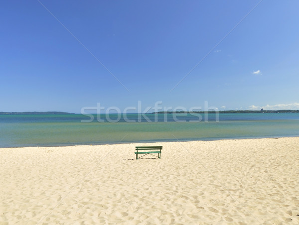 Lago Michigan spiaggia panchina solitaria acqua Foto d'archivio © saddako2