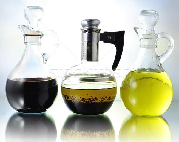 Petróleo vinagre vinagreta botellas alimentos cena Foto stock © saddako2