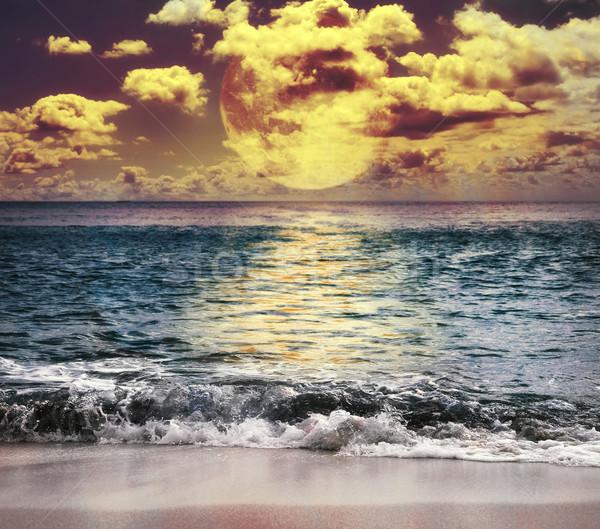 Lua cheia reflexão oceano nuvens natureza paisagem Foto stock © saddako2