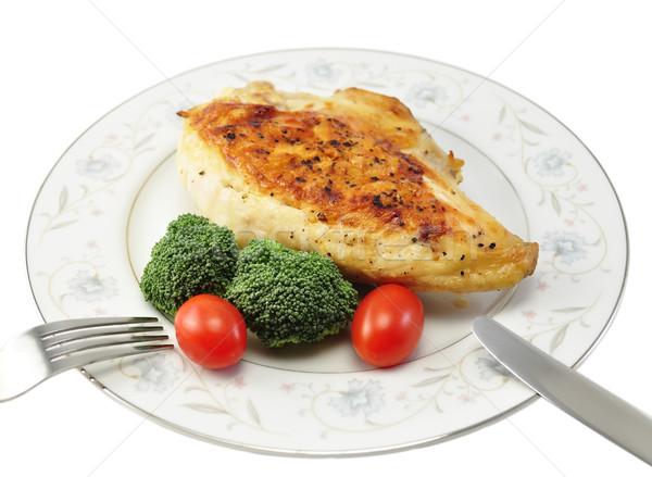 Grillcsirke mell tányér friss zöldségek étel vacsora Stock fotó © saddako2