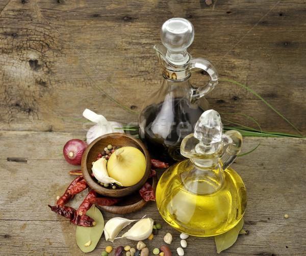 Olio da cucina aceto spezie legno legno bottiglia Foto d'archivio © saddako2