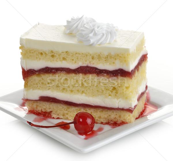 Gâteau aux fraises tranche blanche plaque cerise dessert Photo stock © saddako2