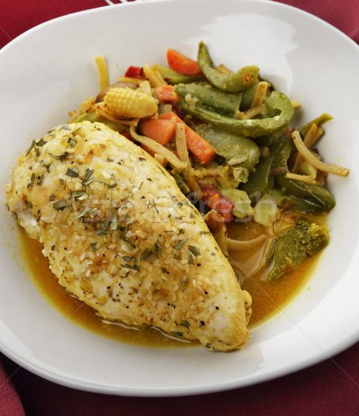 Citrom tyúk zöldségek közelkép vacsora tányér Stock fotó © saddako2