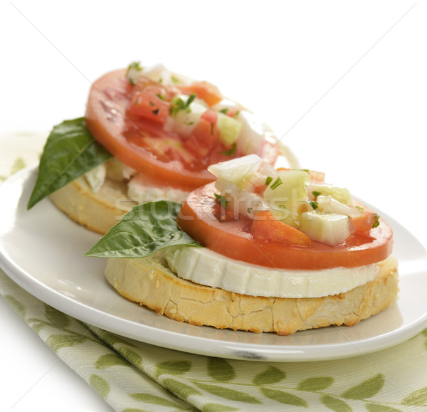 свежие брускетта томатный базилик хлеб пластина Сток-фото © saddako2