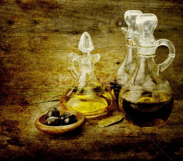 Olio da cucina aceto vegetali olio d'oliva aceto balsamico alimentare Foto d'archivio © saddako2
