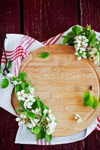 Tagliere rami fiori vecchio legno top Foto d'archivio © saharosa