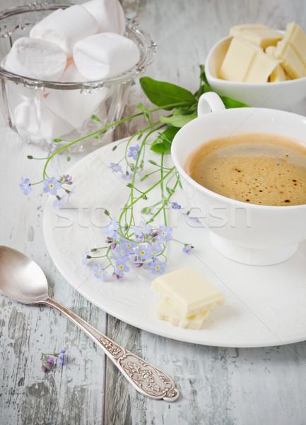 Tatlı kahvaltı fincan kahve beyaz çikolata Stok fotoğraf © saharosa