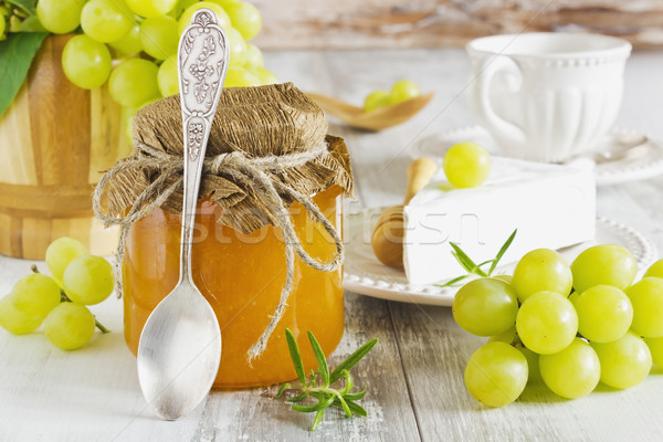 Gezond eten druif jam glas jar brie Stockfoto © saharosa